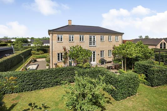 Villa på Haugled i Jelling - Ejendommen