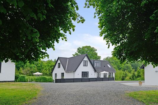Villa på Birkelundvej i Jelling - Indkørsel
