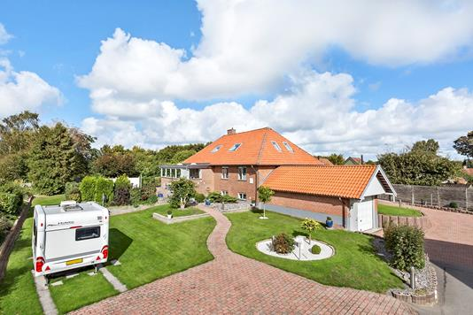 Villa på Lillevangsvej i Farum - Ejendommen