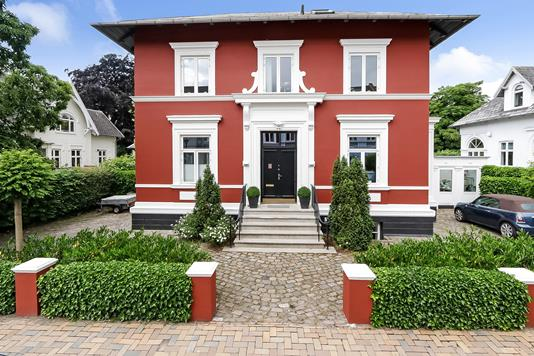 Villa på Kronprinsensgade i Odense C - Ejendommen