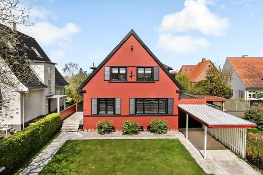 Villa på Poul Møllers Vej i Odense M - Ejendommen