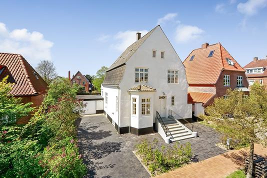 Villa på Sadolinsgade i Odense M - Ejendommen
