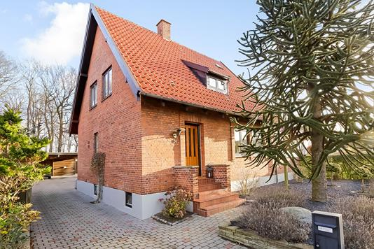 Villa på Tyge Rothes Vej i Odense M - Ejendommen