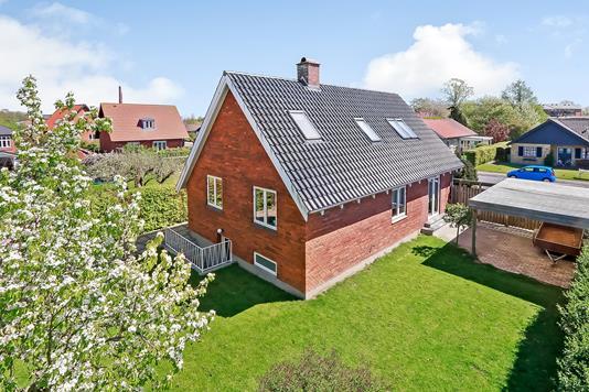 Villa på Langesøvej i Odense M - Ejendommen