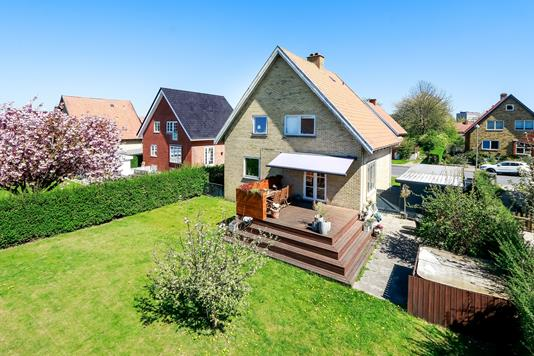 Villa på Ernebjergvej i Odense M - Ejendommen