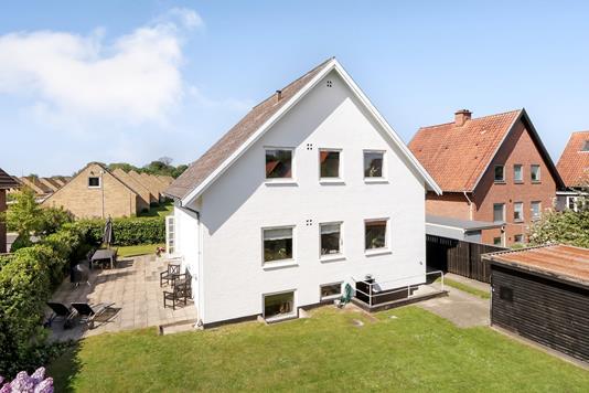 Villa på Bredbjergvej i Odense M - Ejendommen