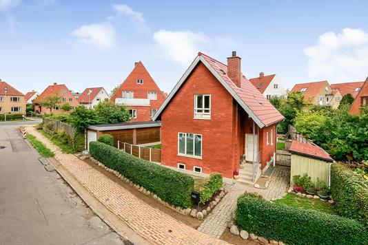 Villa på Stockflethsvej i Odense M - Ejendommen