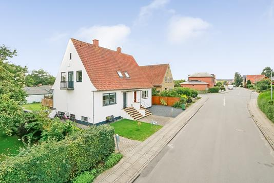 Villa på Dankvart Dreyers Vej i Odense M - Ejendommen