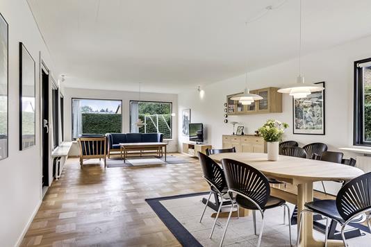 Villa på Hvidkildevænget i Odense M - Stue