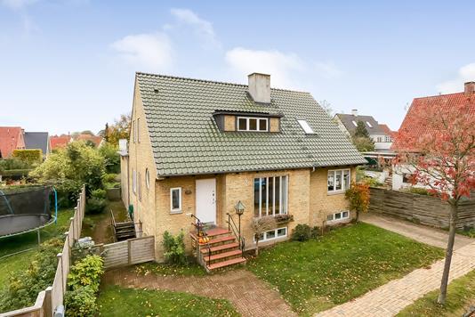 Villa på Bøggildsvej i Odense M - Ejendommen