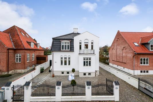 Villa på Læssøegade i Odense M - Ejendommen