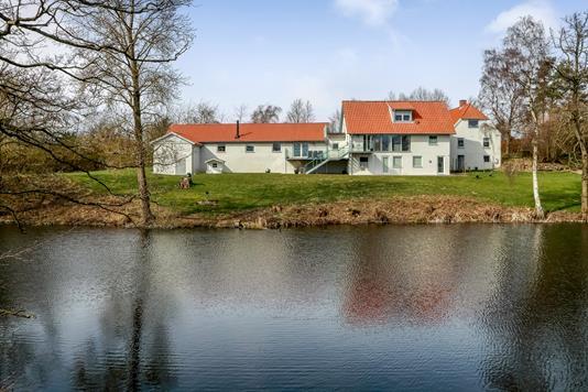 Villa på Frydenlundsvej i Langeskov - Ejendommen