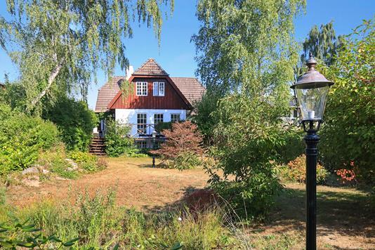 Villa på Tjørnebakken i Birkerød - Ejendommen