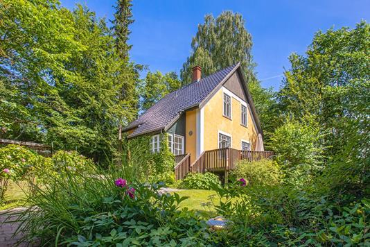 Villa på Fredensvej i Birkerød - Ejendommen