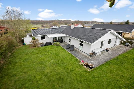 Villa på Birkegården i Værløse - Ejendommen