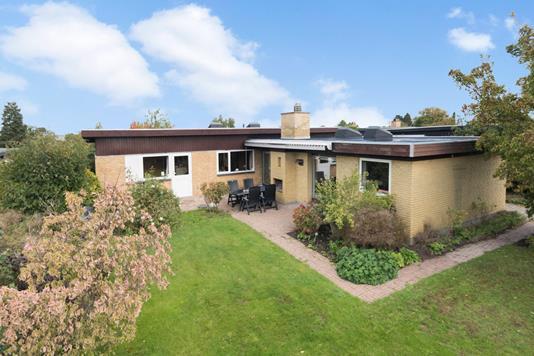 Villa på Bavnestedet i Værløse - Ejendommen