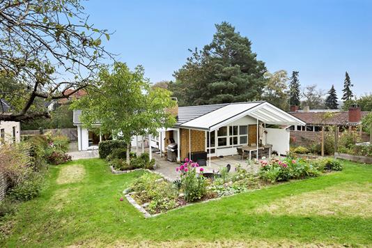 Villa på Skovbovænget i Værløse - Ejendommen