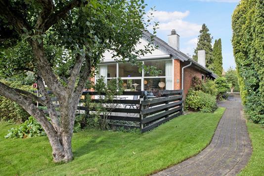 Villa på Skovløbervangen i Værløse - Ejendommen