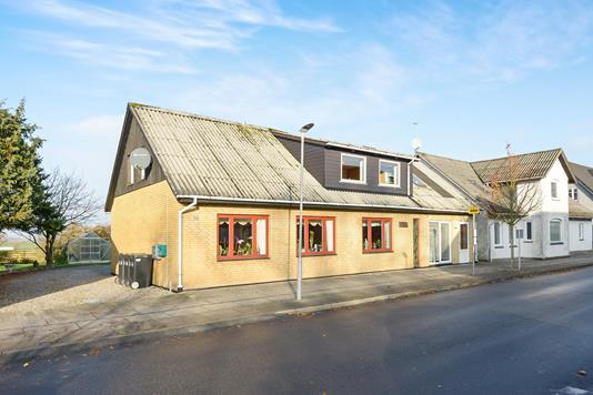 Villa på Aagade i Nibe - Ejendom 1