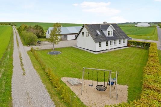 Villa på Munkbækvej i Nibe - Ejendom 1