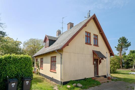 Villa på Frøslevvej i Store Heddinge - Set fra vejen