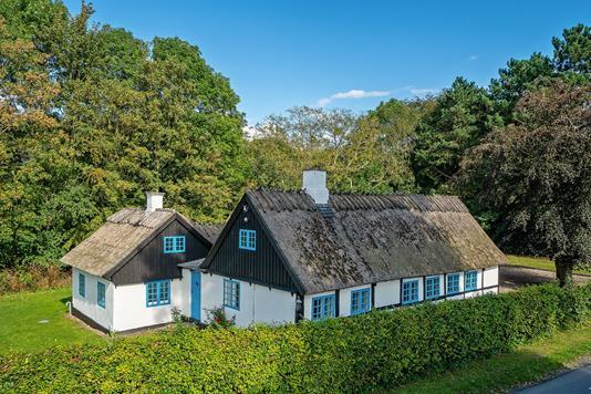 Villa på Arnøje Bygade i Store Heddinge - Set fra vejen