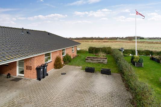 Villa på Toftevangen i Klippinge - Set fra vejen