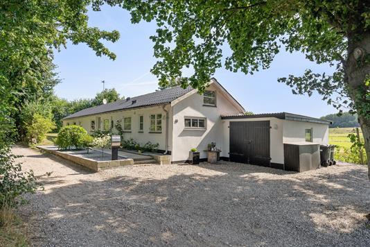 Villa på Birkum Mosevej i Odense SØ - Ejendommen