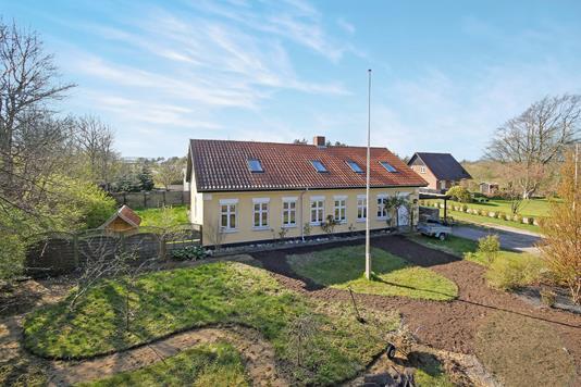 Huse til salg i Ribe-6760 | Nybolig Ejendomsmægler